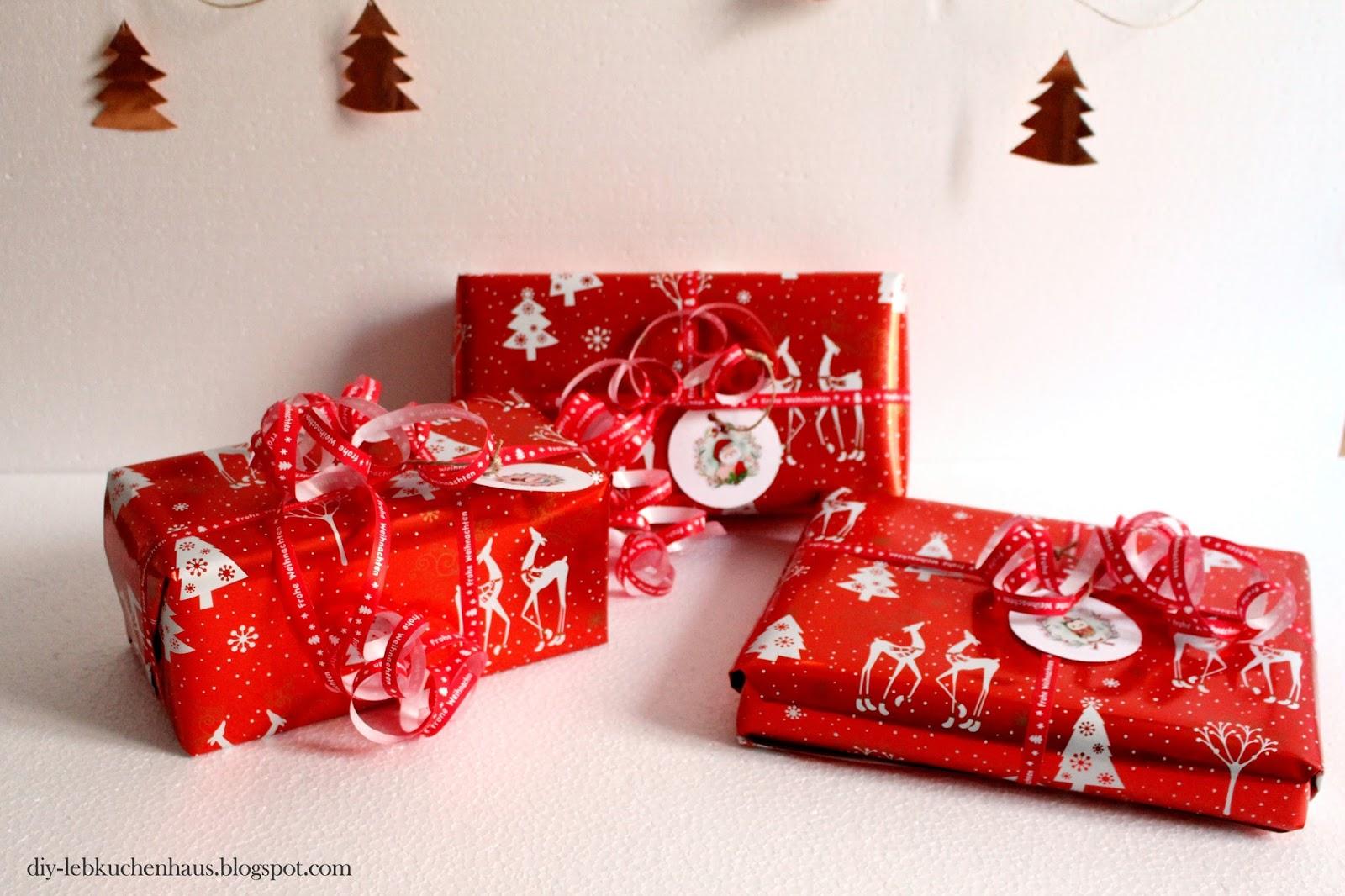 3 tipps geschenke sch n verpacken girlande basteln. Black Bedroom Furniture Sets. Home Design Ideas