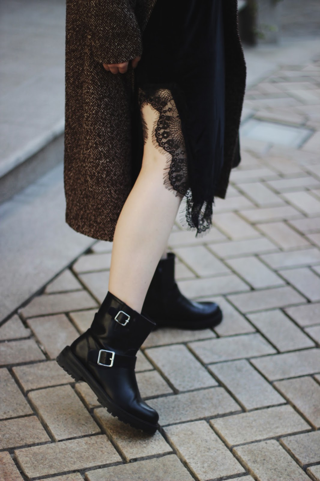 Biker Boots   Fashion Blogger Outfit