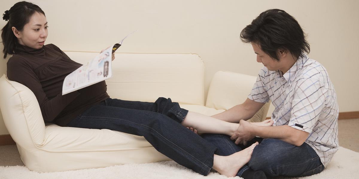 gejala hamil pada wanita, gejala yang dirasakan wanita saat sedang hamil, tugas seorang suami saat isteri nya hamil, hamil muda tidak menjadi masalah