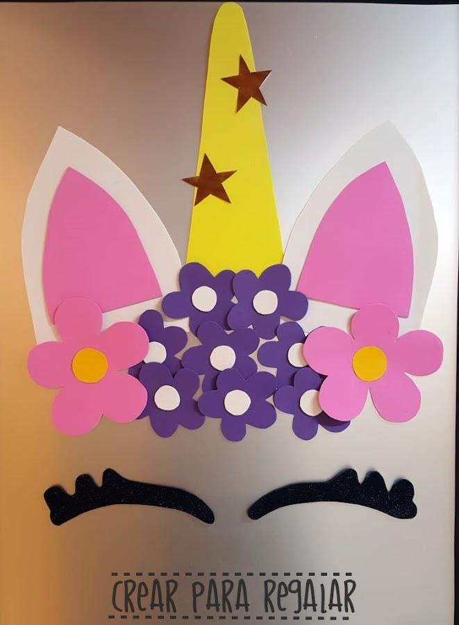 decorar puerta unicornio goma eva