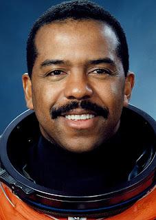 Bernard Harris, premier astronaute afro-américain