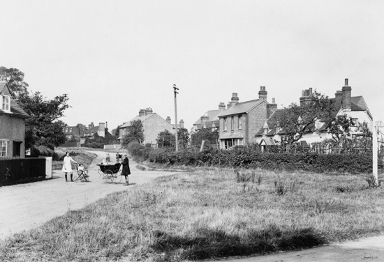 Photograph of Nash's Corner, Welham Green pre 1920s Image from A Nott / G Knott
