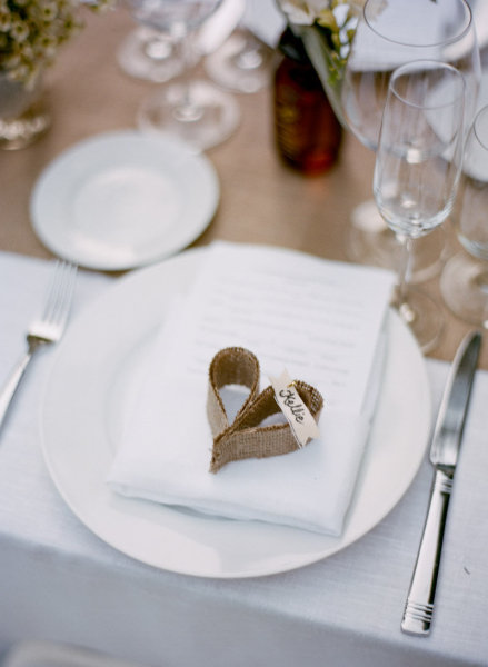 These delicate table setting burlap hearts are perfect for a wedding or dinner party