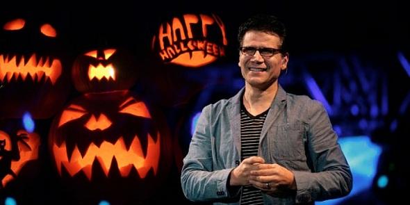 Jesús Adrián Romero y el Halloween