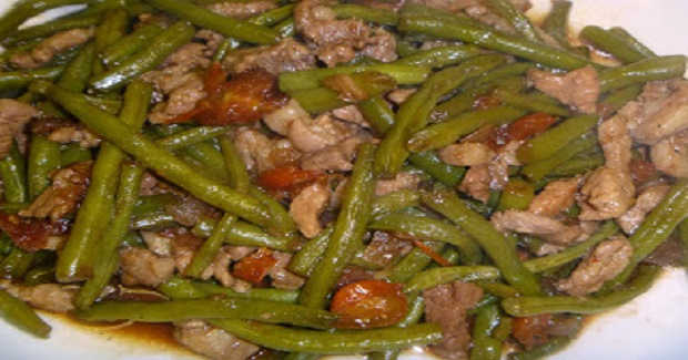 Savory Ginisang Sitaw (Sauteed String Beans) Recipe