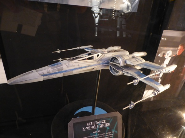 Resistance X-Wing Fighter Star Wars Force Awakens