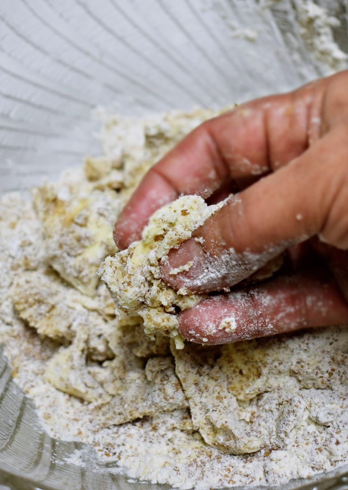 imagen como hacer masa para crumble dulce