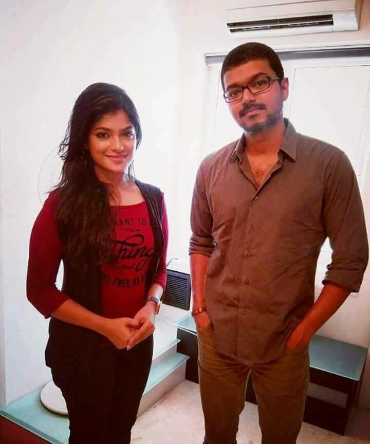 Thalapathy Vijay Wished to Meesamuruku Actress Aathmika