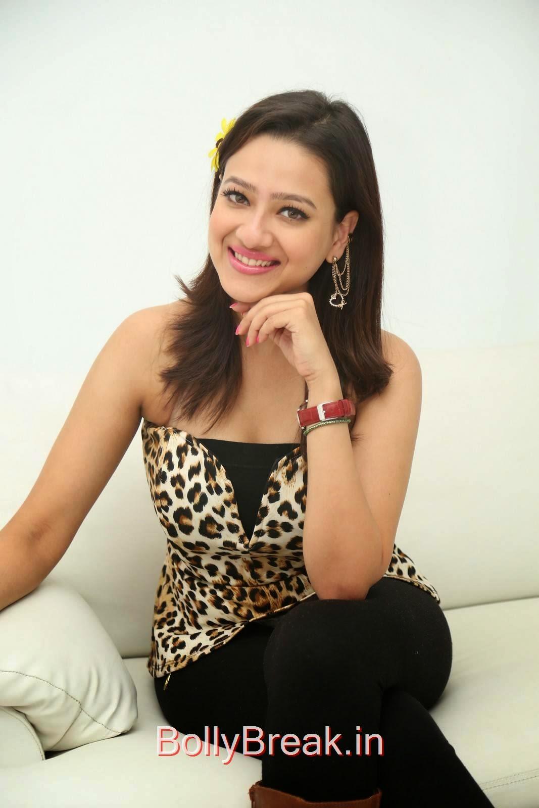 Madalasa Sarma Photoshoot Stills, Hot HD Images of Madalasa Sharma from Ramleela Movie Interview
