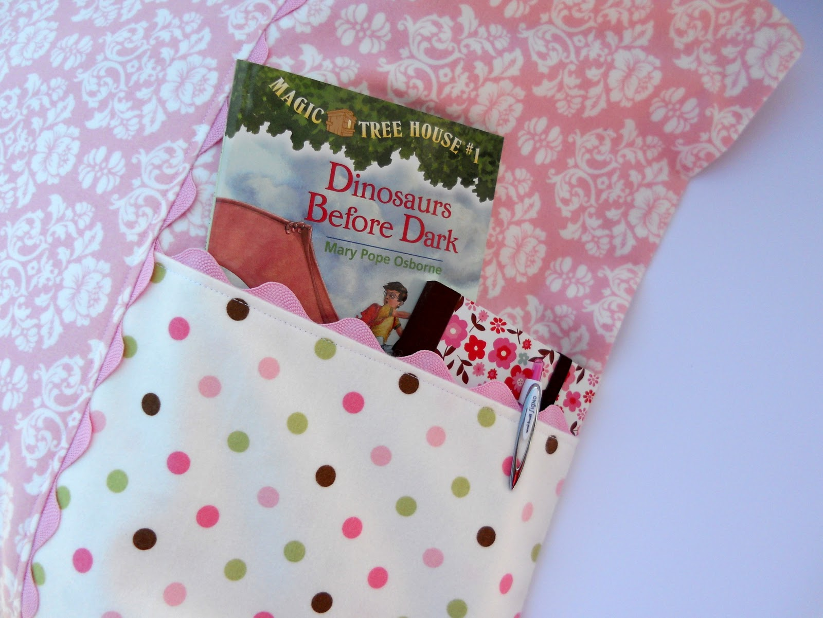Just Another Hang Up: Pocket Pillowcase Pattern & Tutorial...