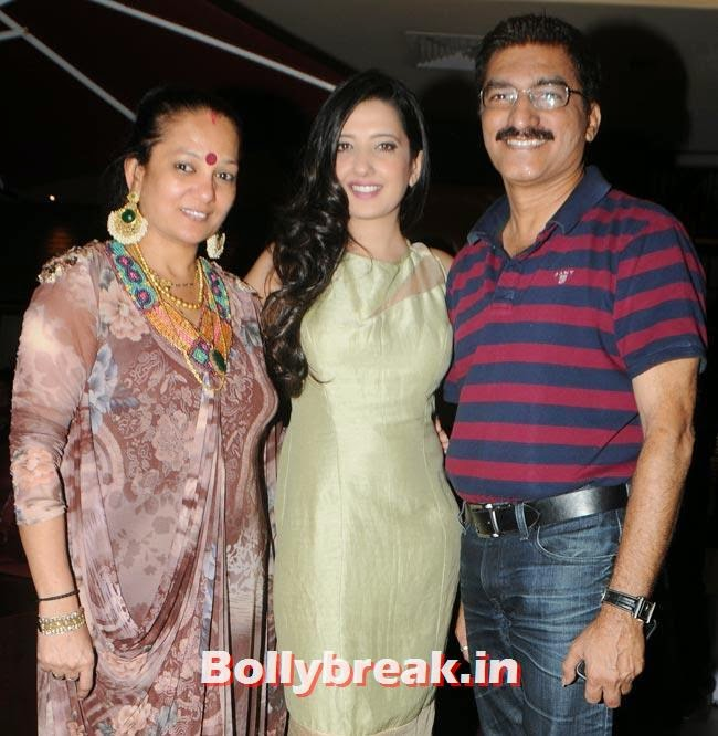 Amy Billimoria with Bharat and Dorris Godambe, Make a Wish Foundation Fundraiser Fashion Show