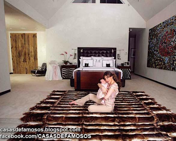 La Casa De Thalia Casas De Famosos Casas De Lujo Mansiones De