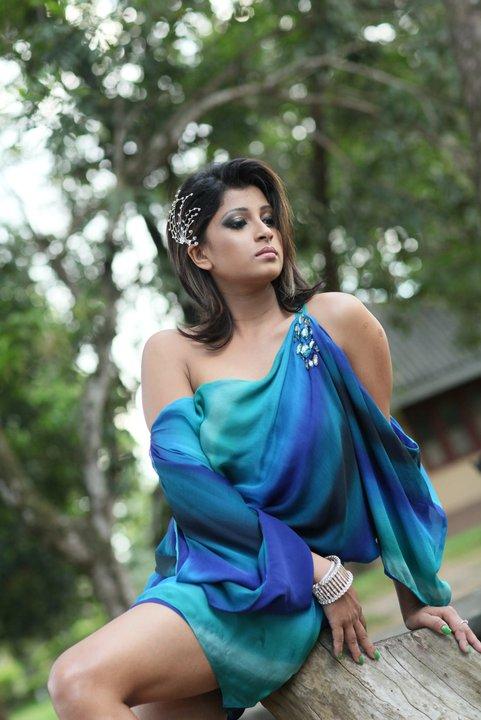 Blue Films in Sri Lanka – Fashion dresses