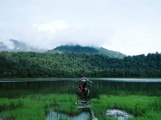 danau taman hidup gunung argopuro
