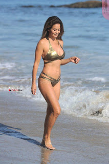 Brooke Burke MILF Sexy Golden Bikini Leaked Candids WOW Sexy Ass Lovely Boobs Amazing Beauty Sep 2017