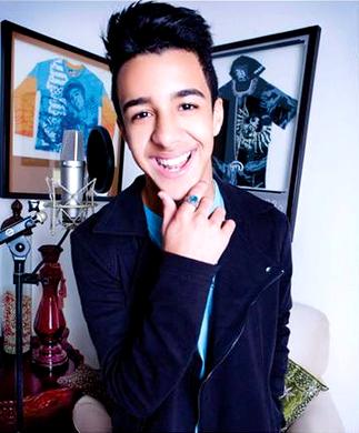 """Foto de Miguelito """"El Heredero"""" sonriendo"""