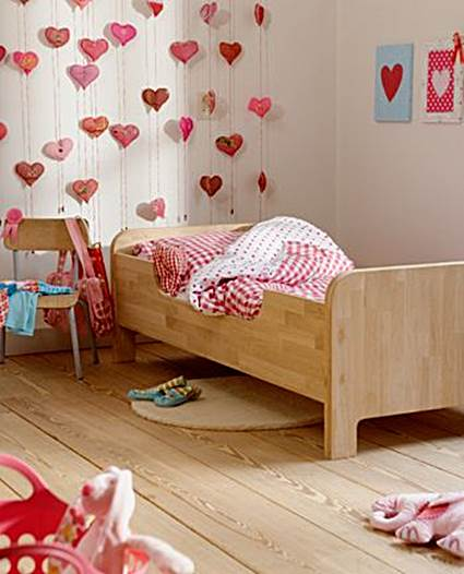Unique Ideas for decorating little girls' bedrooms 3