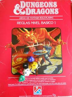 Libros de fantasía para jugar a rol Dungeons & Dragons. Primera edición en España