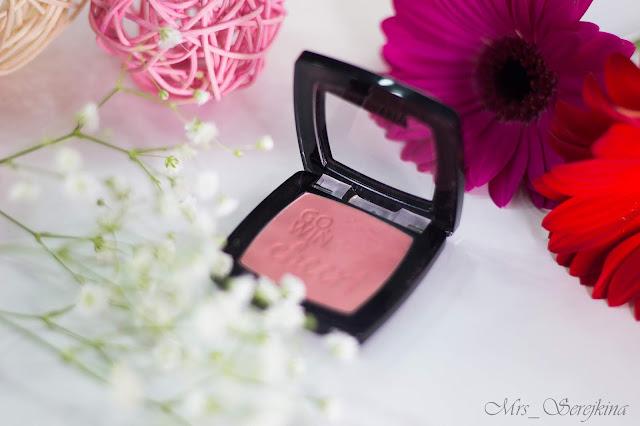 Компактные водостойкие румяна Catrice Blush Box в оттенке 020 Glistening Pink