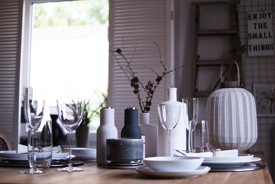 Blog + Fotografie by it's me! | fim.works | Nützliches und Schönes in den Farben der Hamptons | gedeckter Tisch