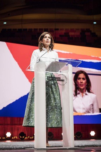 Crown Princess Mary wore H&M Conscious Exclusive. Jacquard-weave skirt, designer Signe Wenneberg at Copenhagen Fashion Summit 2018