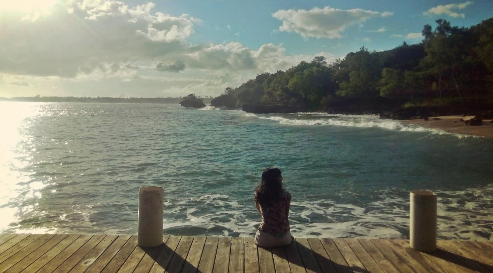 Pantai Pondok Pemuda Jimbaran indah dan sunyi