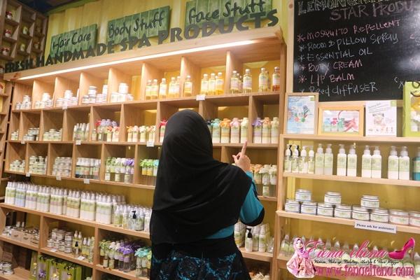 Kelemumur Hilang dengan Syampu Natural dan Organik dari Lemongrass House