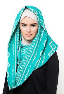 contoh kreasi hijab hoodie