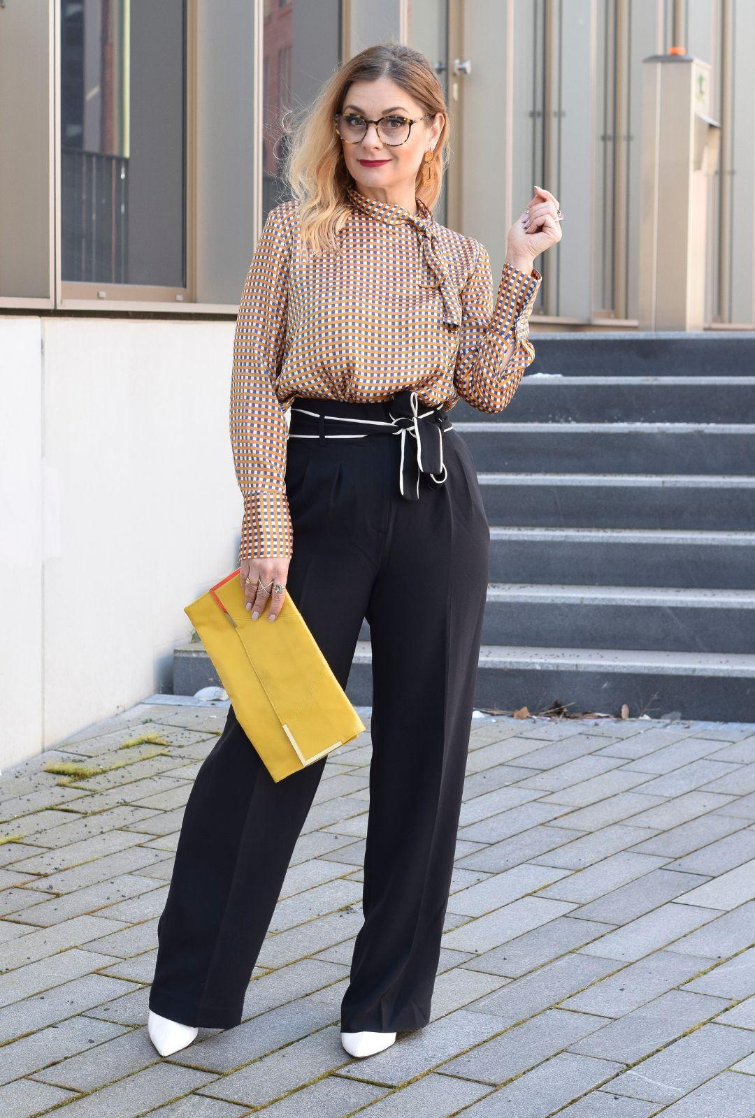 Business Outfit welche Muster kann ich im Büro tragen?