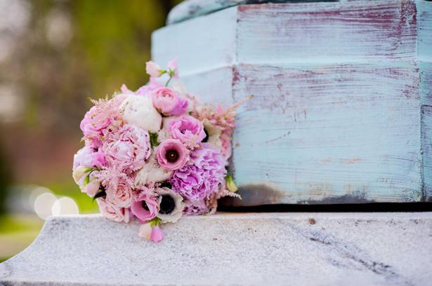 Elegir la floristería que hará los adornos florales del enlace - Foto: www.weddingwire.com