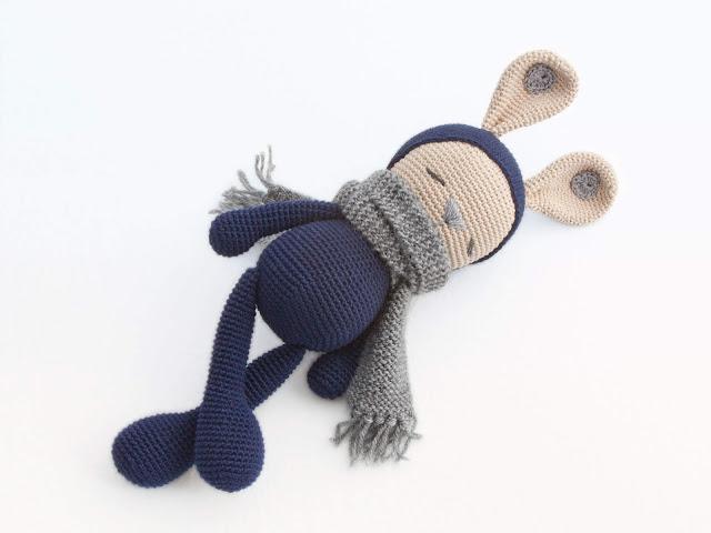 amigurumi-sleeping-zoe-bunny-conejo-domilon