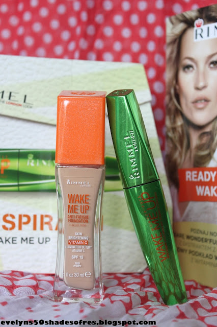 Rimmel Wake Me Up Wonderfull + 100 Ivory
