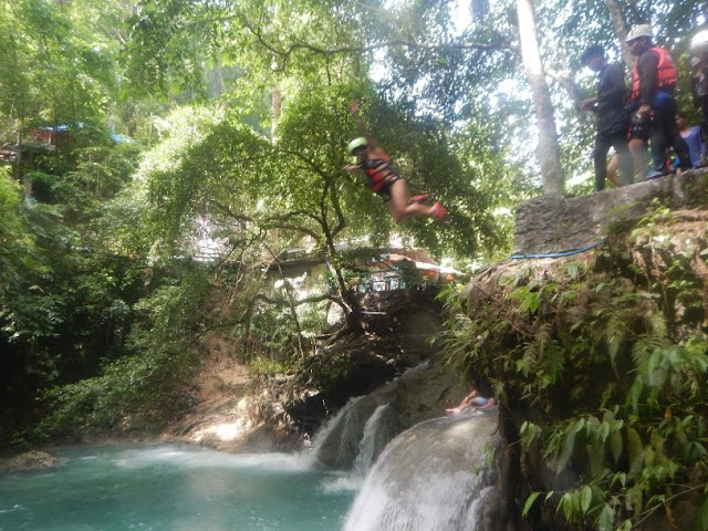 Kawasan canyoneering first jump off point