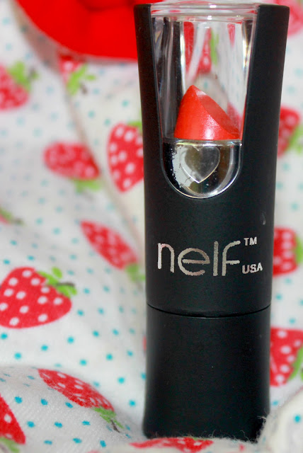 Nelf Usa Tangy Orange Trendy Diva Lipstick Review & LOTD