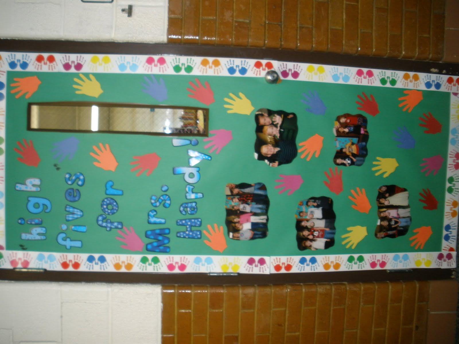 The Art Of Teaching: A Kindergarten Blog: Bulletin Board