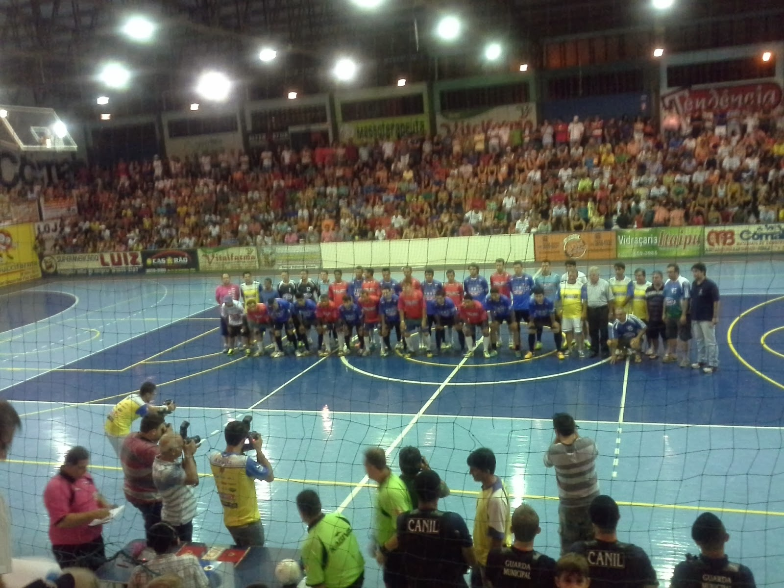 Altonia Futsal Rodrigo Baroni Jersey 11 was the selected the tournament Most valuable Player