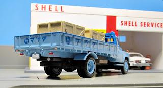 Tomica Limited Vintage  mazda truck