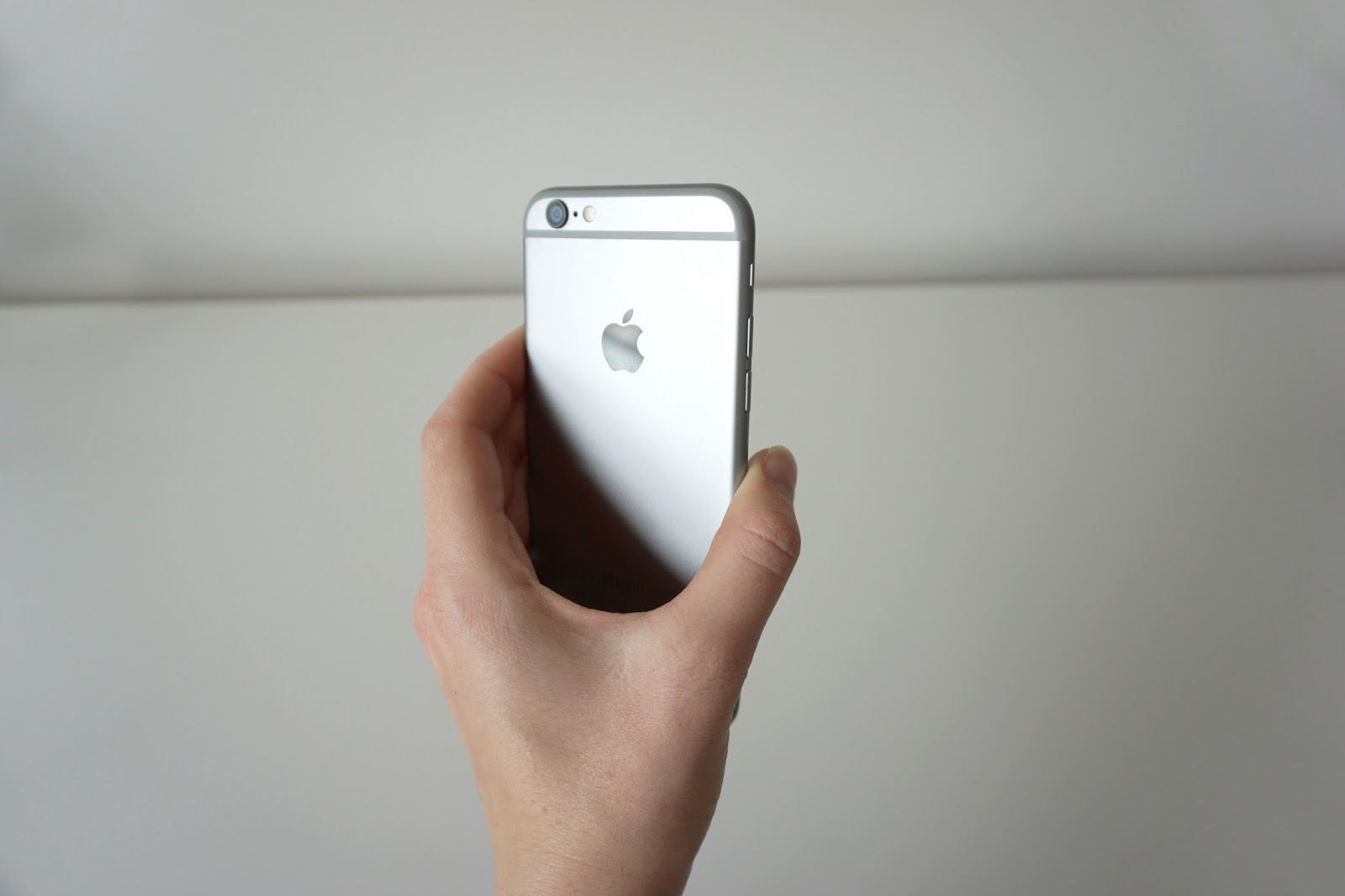 iphone, zakup iphone, czy warto kupić iphone, iphone 6, apple, przesiadka z android na ios, przesiadka na iphone, blog lifestyle