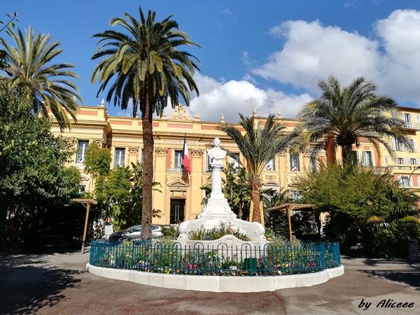 Menton-oras-Coasta-de-Azur