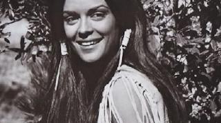 Koρίνα Τσοπέη: Πώς είναι σήμερα στα 73 της η Μις Υφήλιoς του 1964