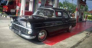 Dijual mobil klasik Holden special 1960 harga nego