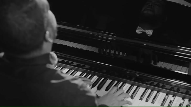 Roberto Carlos Rodríguez Valdéz (Cucurucho) - ¨Guajira¨ - Videoclip - Dirección: Lester Hamlet. Portal Del Vídeo Clip Cubano - 03