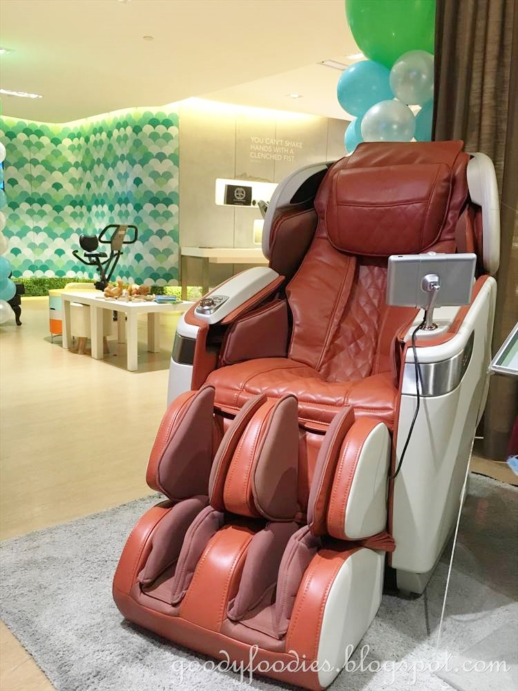 ogawa massage chair electric barber goodyfoodies a gift of love master drive out the 3 only comes in four different colours while competitor brands come with one colour option