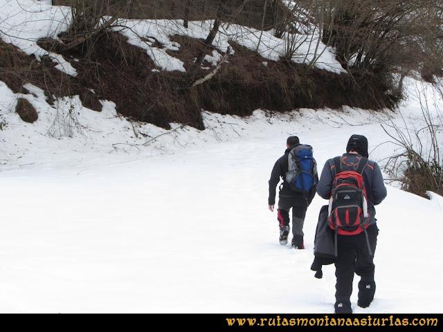 Cueto Ventoso: Atravesando nieve