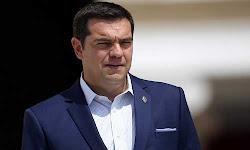 o-tsipras-pige-theatro-ke-ide-to-trito-stefani