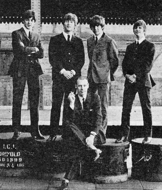 George Martin con The Beatles