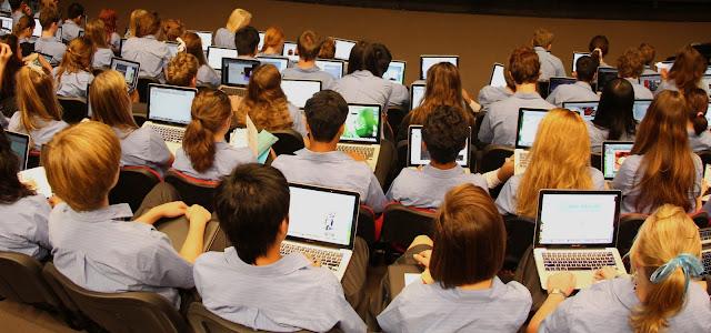 تأسيس مدرسة إلكترونية