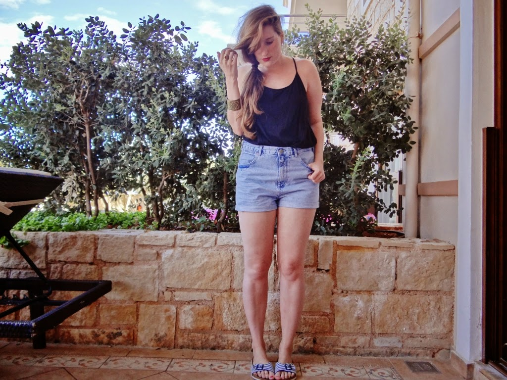 holiday style clothing