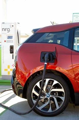 the electric bmw i3 how much does it cost to charge an electric car. Black Bedroom Furniture Sets. Home Design Ideas