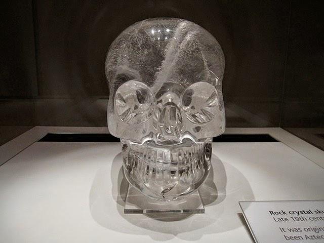 mistérios da humanidade, Crânios de cristal
